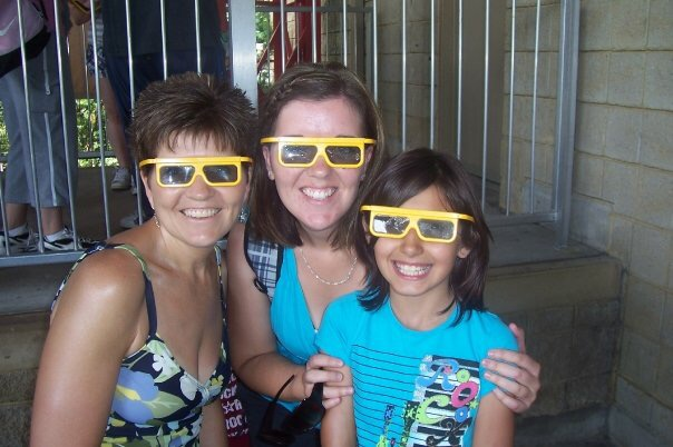 Mom & Dad took us all on a trip to Wonderland - here's me, Mom, and Mariah ready for the 3D movie.