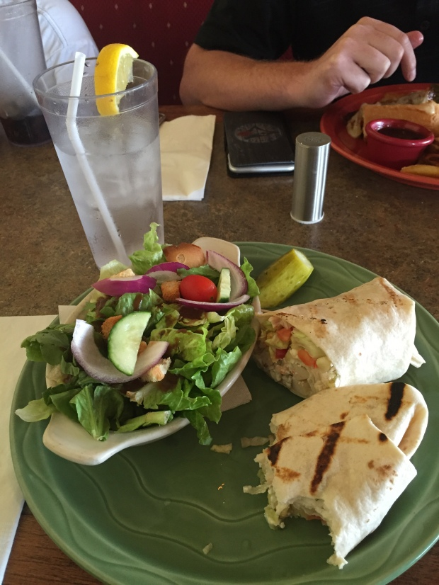 This chicken wrap was delicious.